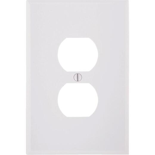 Leviton 1-Gang Smooth Plastic Oversized Outlet Wall Plate, White