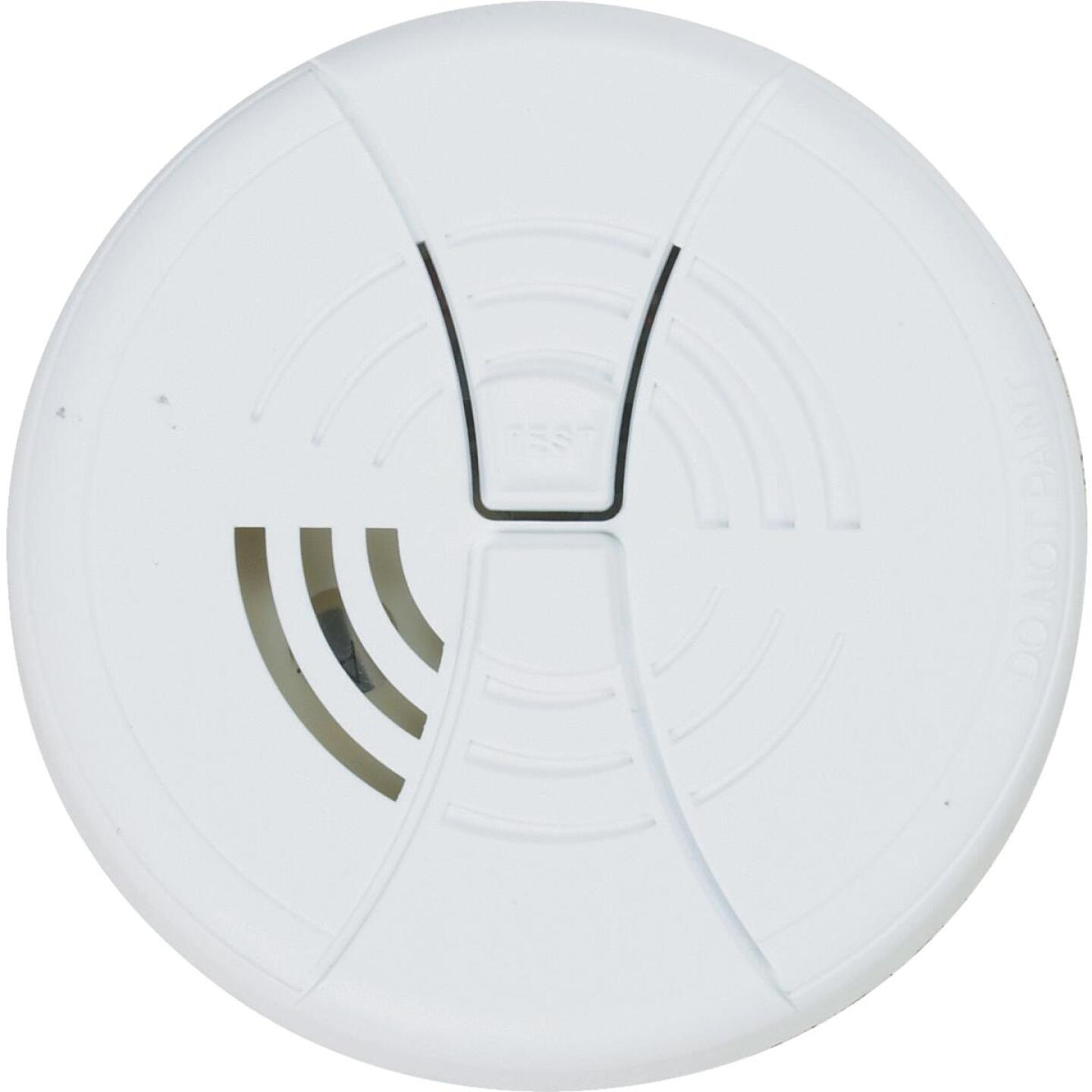 First Alert Battery Operated 9V Ionization Smoke Alarm Image 2