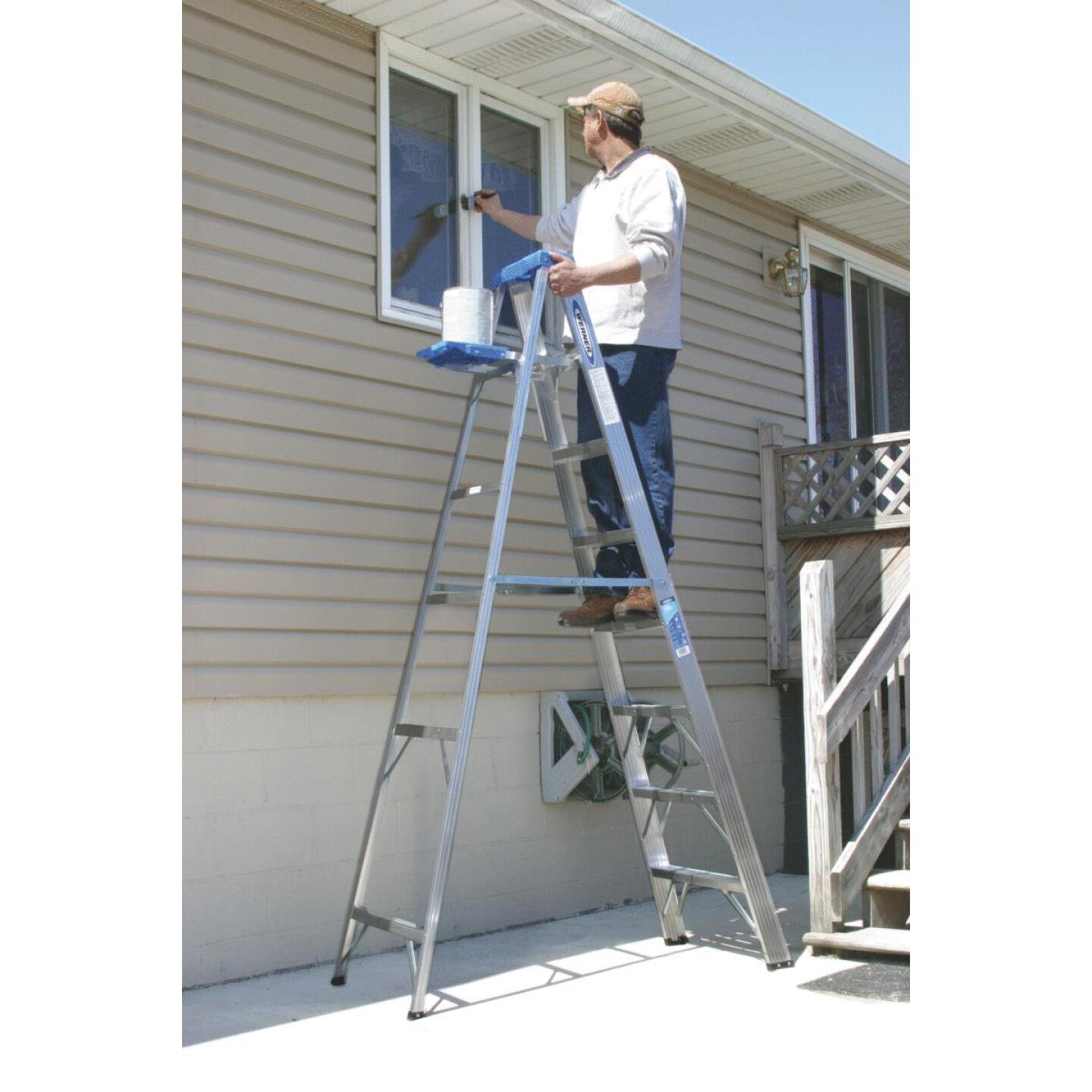 Werner 8 Ft. Aluminum Step Ladder with 250 Lb. Load Capacity Type I Ladder Rating Image 5